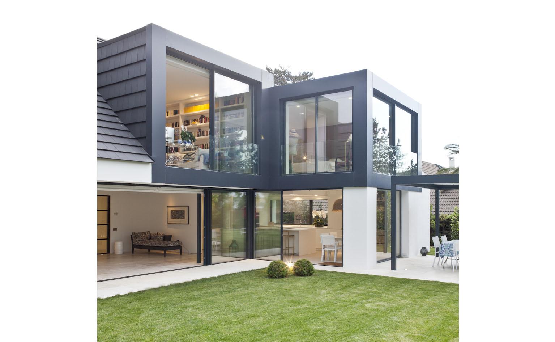 cajas vidrio hacia jardin