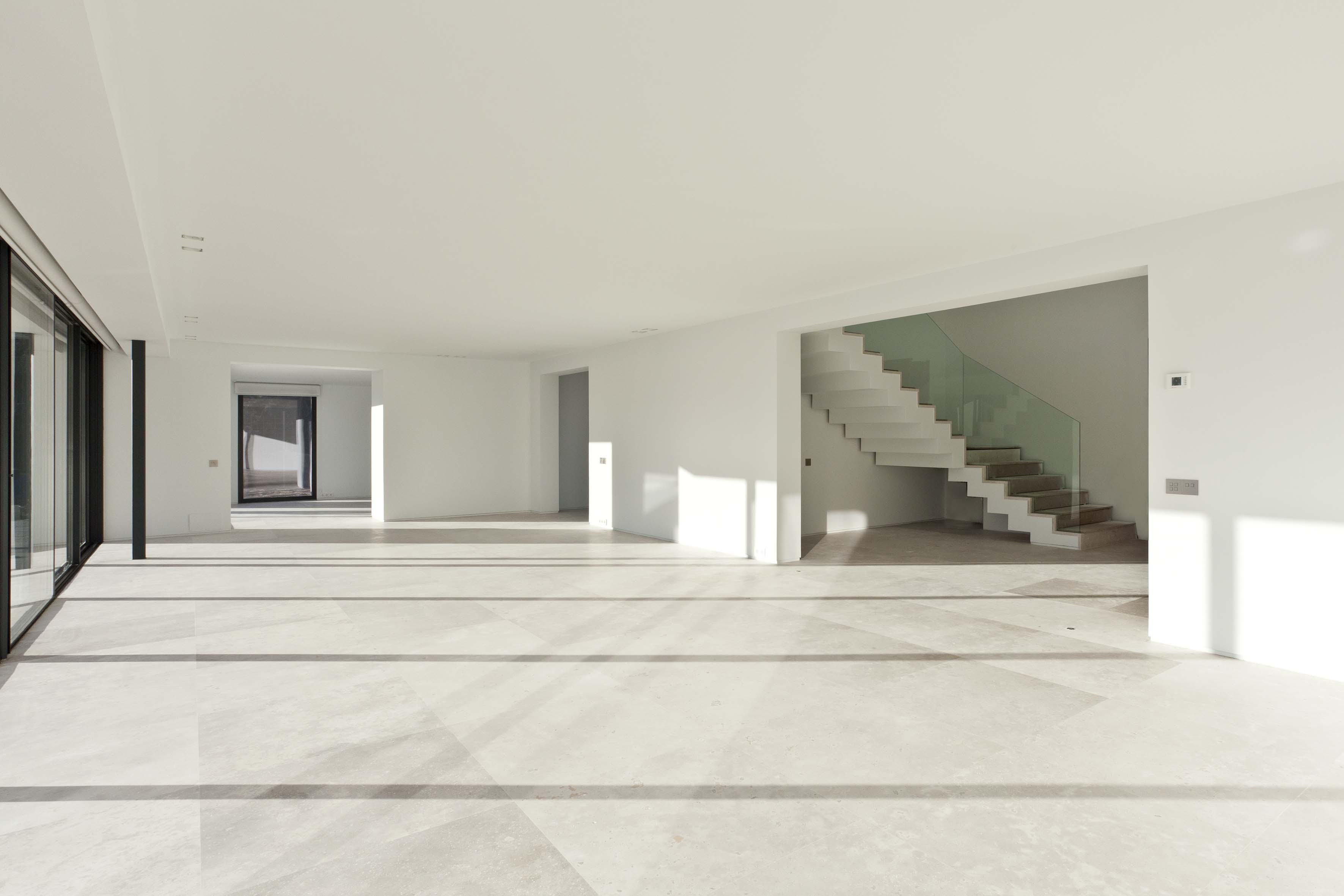 espacio interior sin amueblar